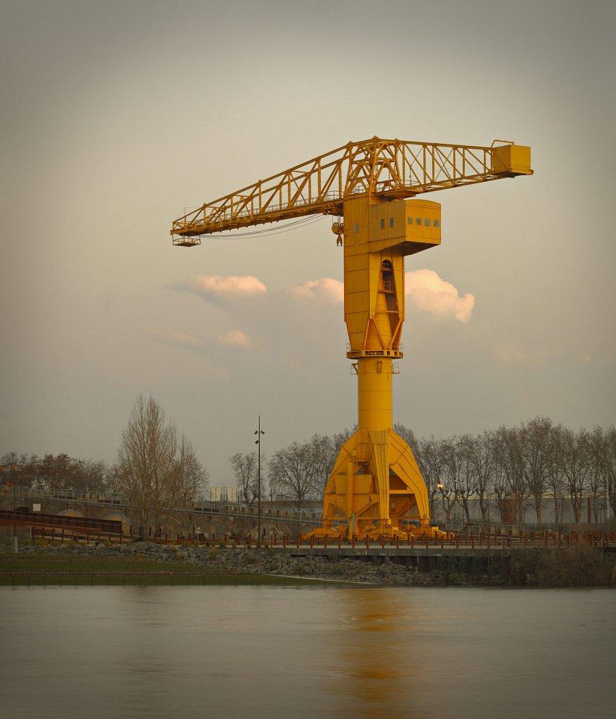 Nantes-Grue-Titan-04GSatre-Non-libre-de-droits.jpg