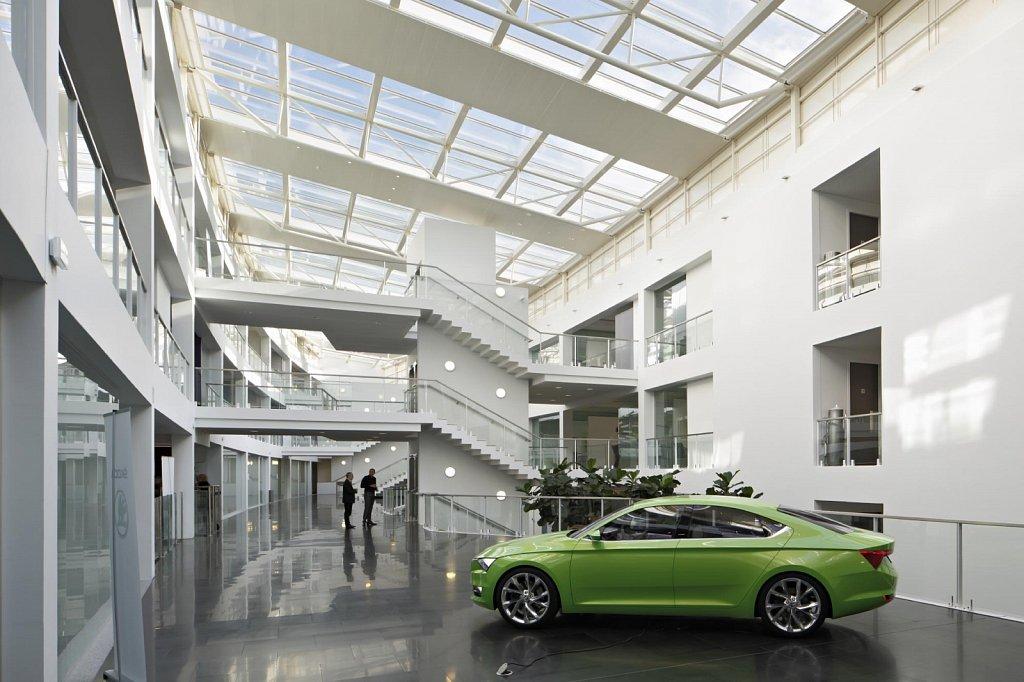 Siege-Volkswagen-Roissy-07-GSatre-non-libre-de-droits.jpg