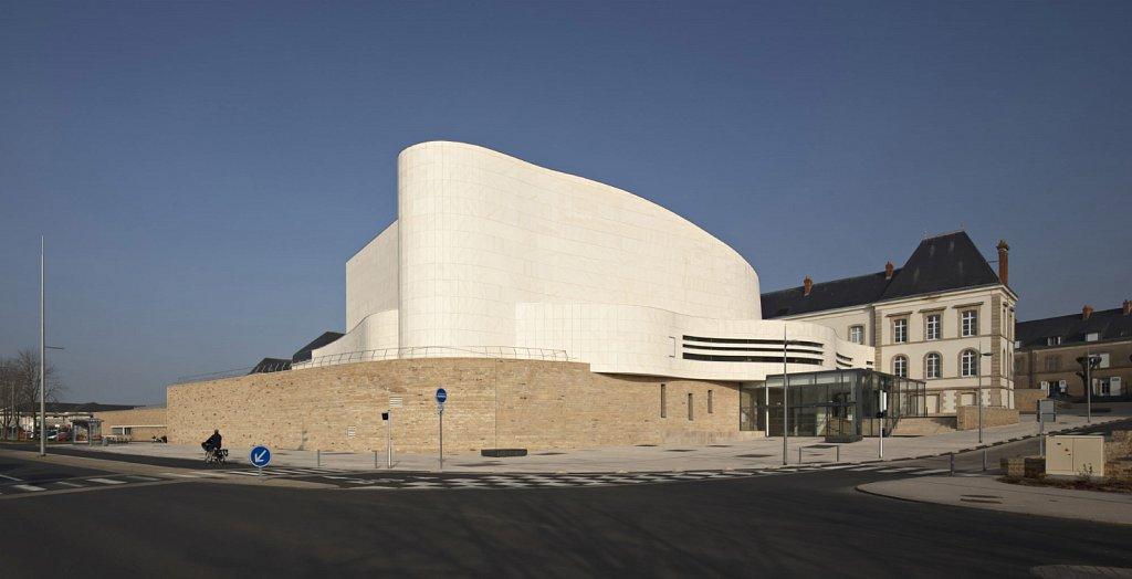 Theatre-Saint-Louis-Cholet-02-GSatre-Non-libre-de-droits.jpg