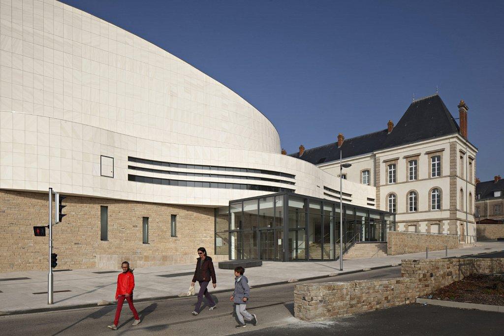 Theatre-Saint-Louis-Cholet-03-GSatre-Non-libre-de-droits.jpg